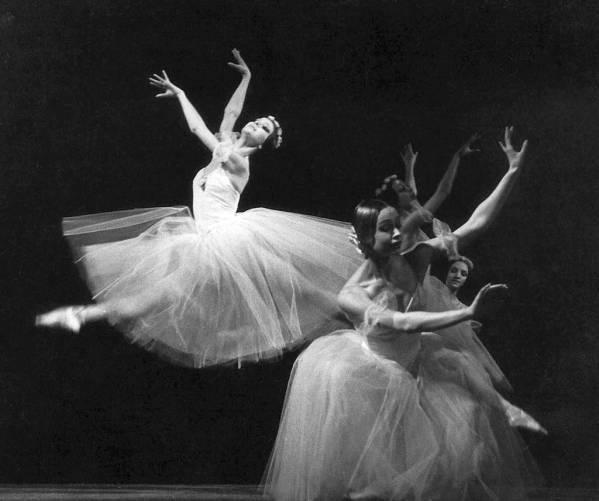 Balett-táncosnő
