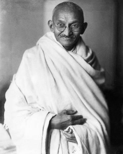 Mahatma Gandi studió fotó (1931)