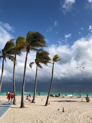 Vihar készül a tengerparton