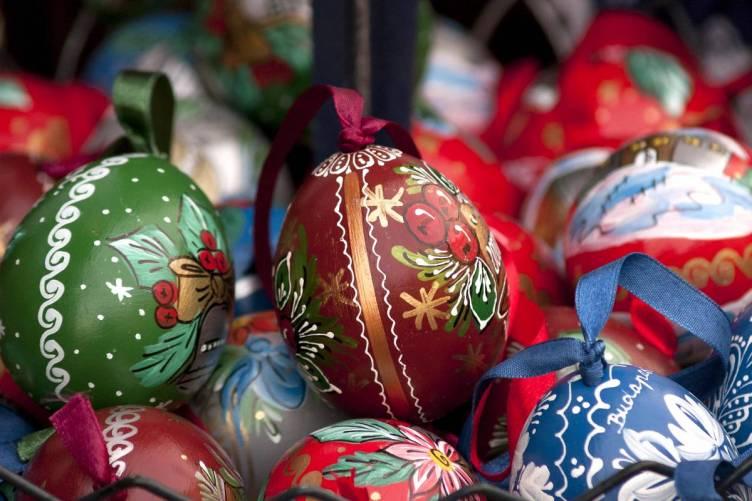 Fújt, festett tojások