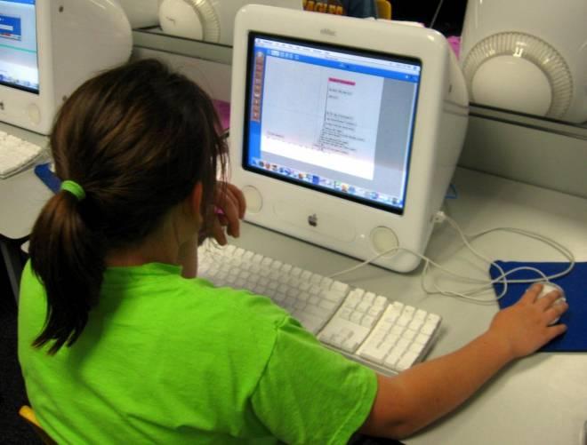 Számítógép – munkára, játékra, mesékre