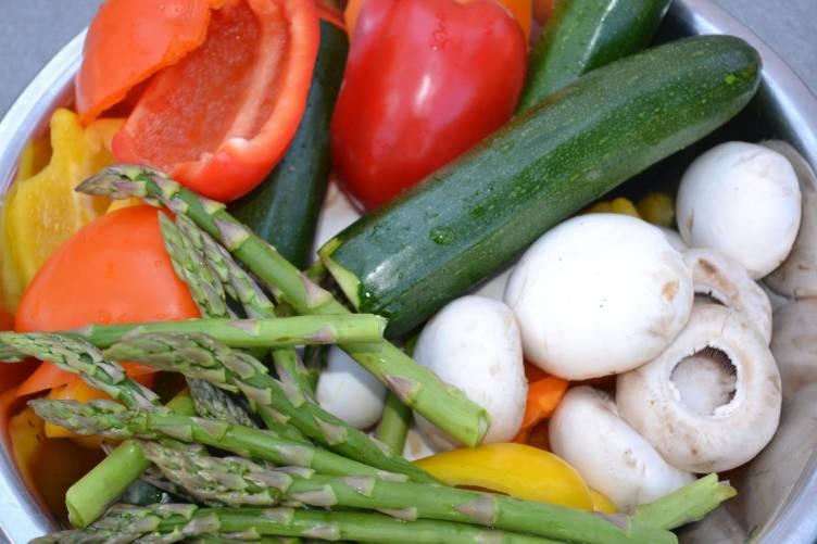 Zöldségek, kiegyensúlyozott étrend.