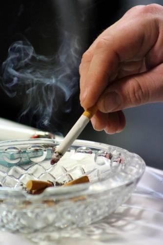A dohányzás súlyosan károsíthatja Ön és a környezetében élők egészségét!