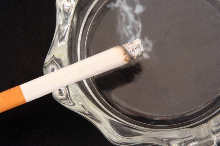 Cigaretta – tegye le, és hagyja is ott!